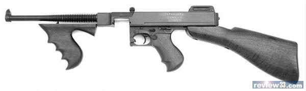 晋造汤姆森冲锋枪,他的枪管较长