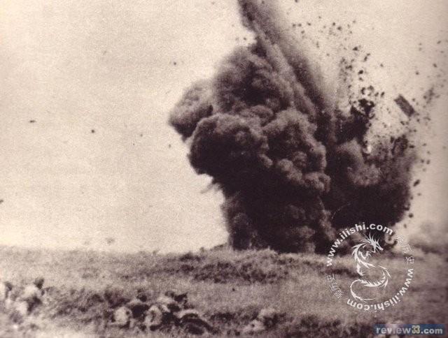宋希濂战斗经验丰富,他发现日军飞机在空中盘旋以后,知道马上就要