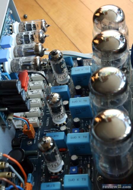 左上唱头放大电路用上12ax7与6922各一对打造,push